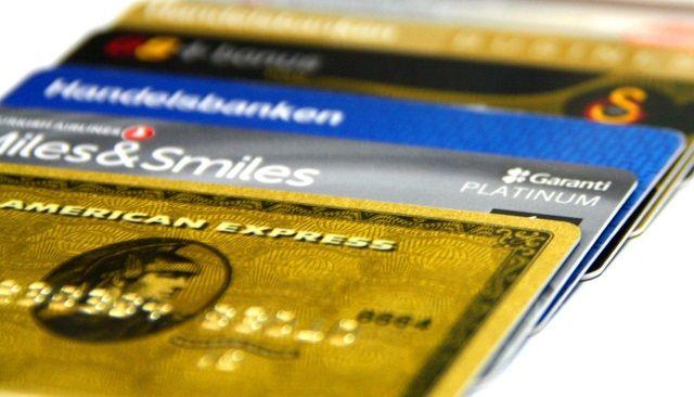 credit-card-1313763_1920